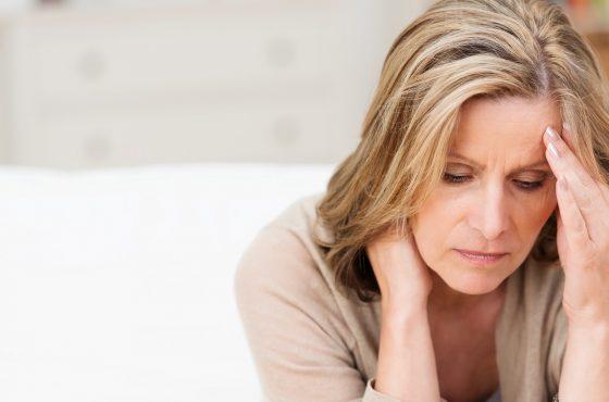 Klimakterium objawy – pierwsze objawy menopauzy