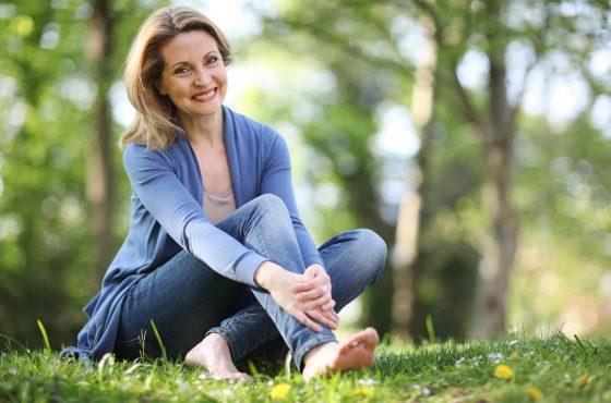 Wczesna menopauza przez 40 rokiem życia – jak sobie z nią poradzić?